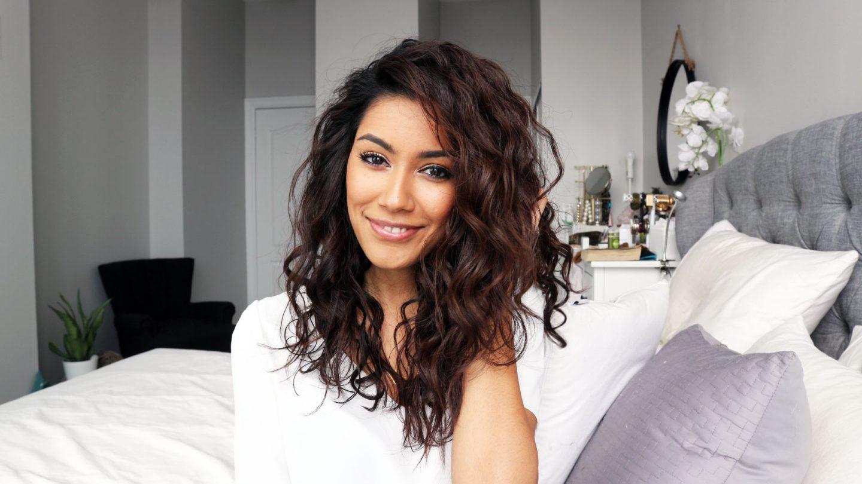 messy wavy curls