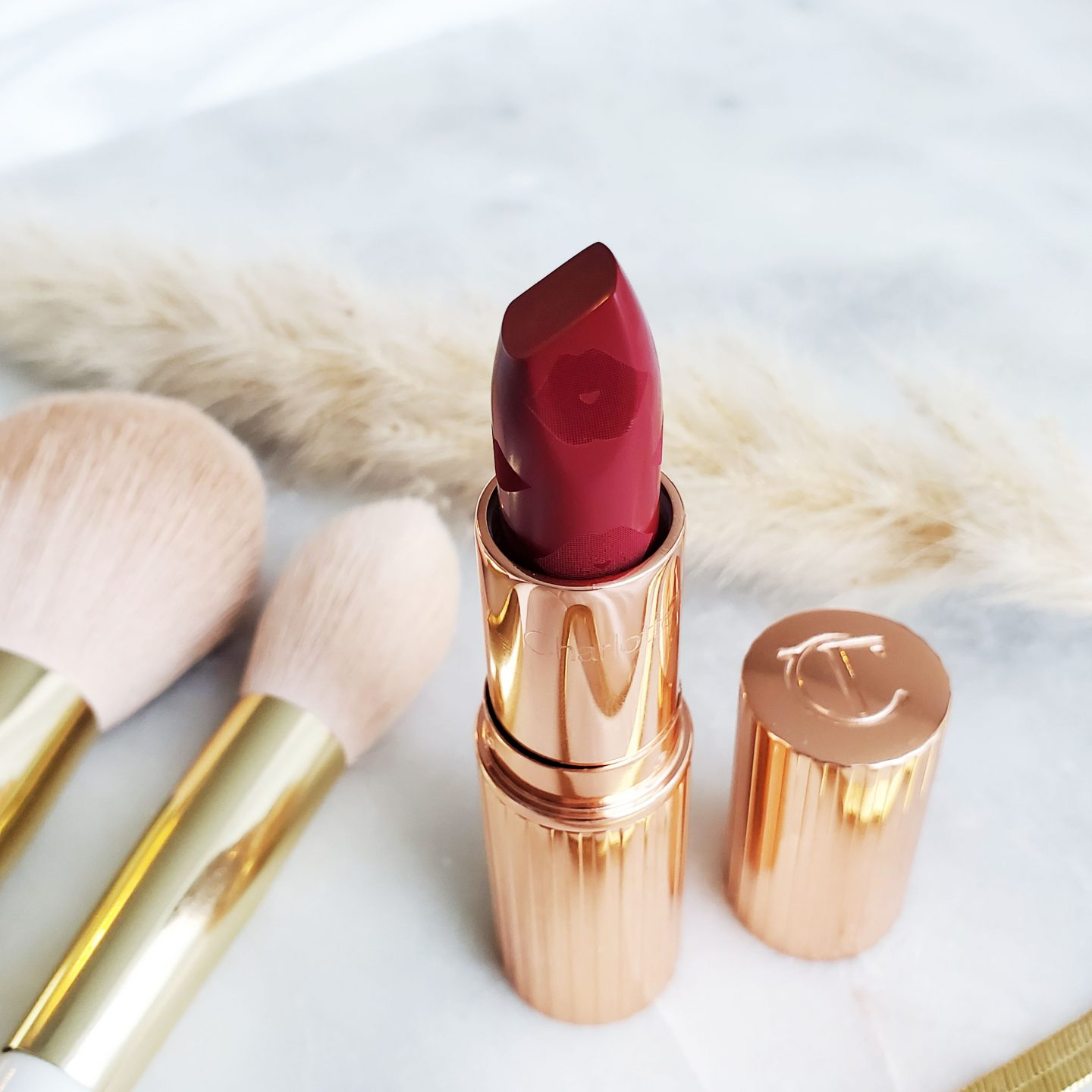 RED LIPSTICKS - CHARLOTTE TILBURY